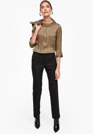 HOSE MIT WEBSTRUKTUR - Trousers - black
