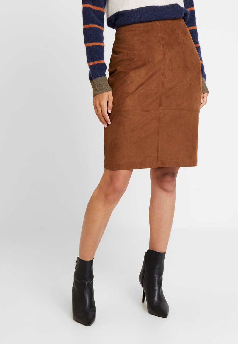s.Oliver BLACK LABEL - KURZ - Pencil skirt - winter hazelnut