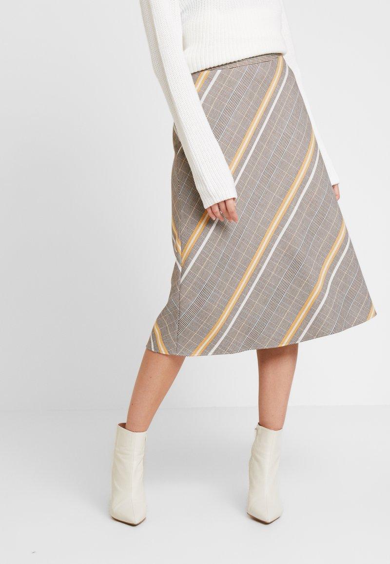 s.Oliver BLACK LABEL - Áčková sukně - brown