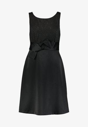 Vestito elegante - back to black
