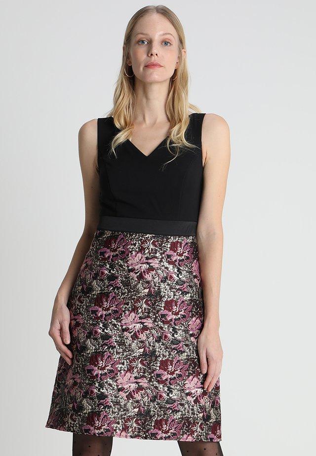 Cocktail dress / Party dress - purple/pink