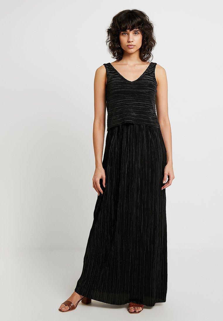 s.Oliver BLACK LABEL - Společenské šaty - forever black