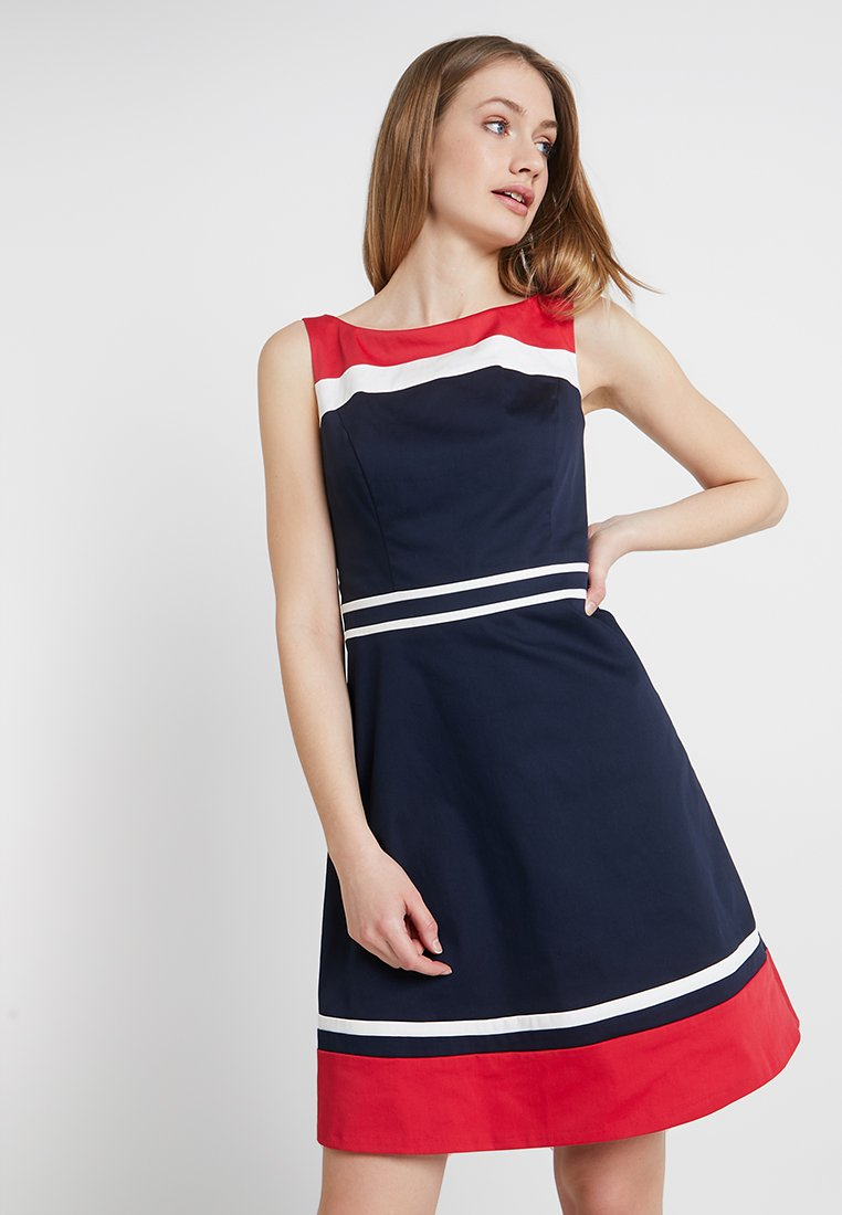 s.Oliver BLACK LABEL - KURZ - Freizeitkleid - dark blue/red