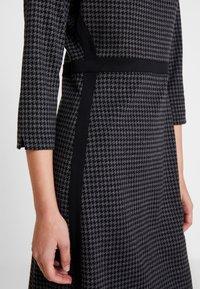 s.Oliver BLACK LABEL - Jumper dress - black - 6