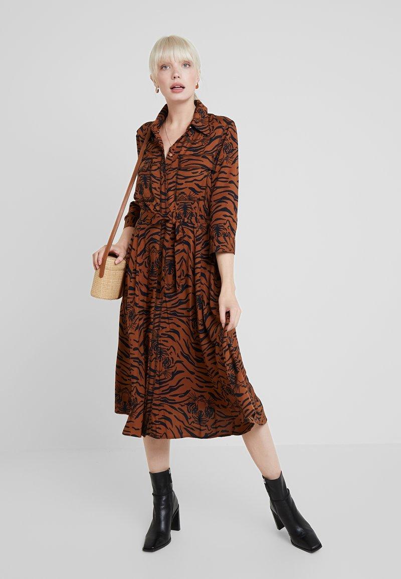 s.Oliver BLACK LABEL - Shirt dress - brown