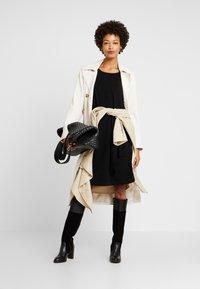 s.Oliver BLACK LABEL - KURZ - Stickad klänning - black - 2
