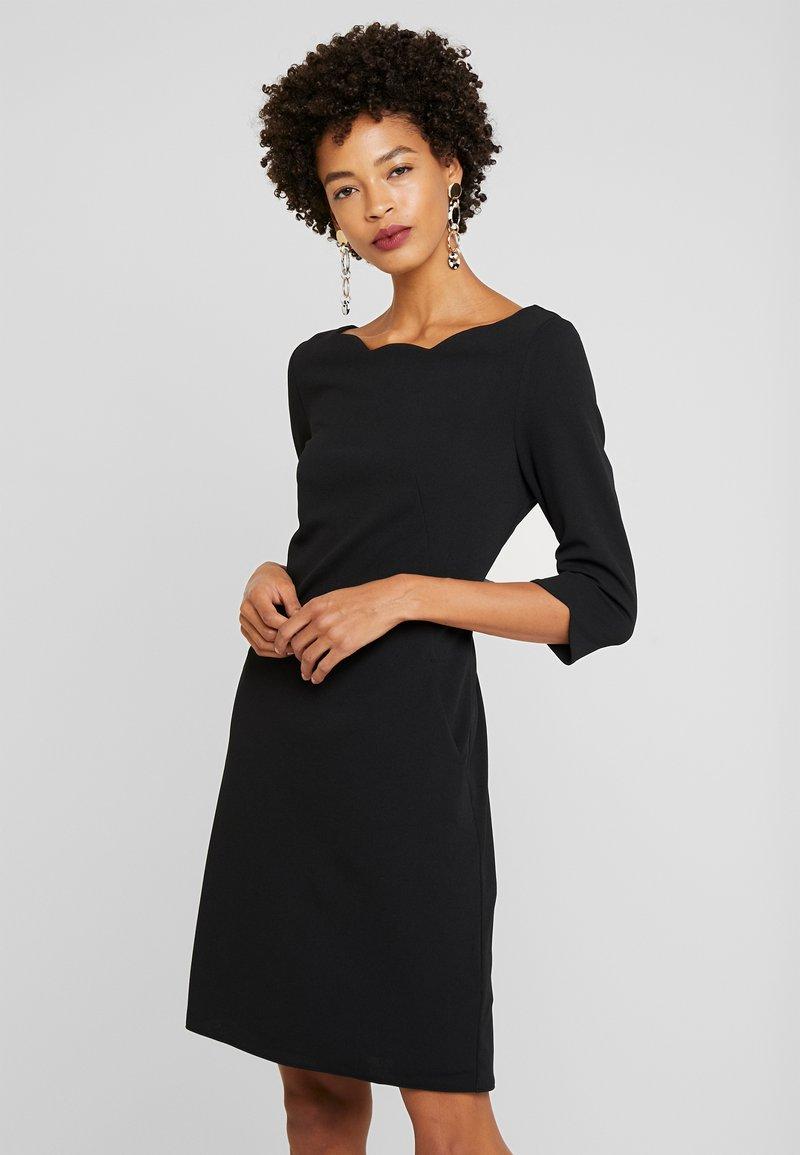 s.Oliver BLACK LABEL - KURZ - Shift dress - forever black