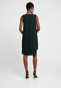 s.Oliver BLACK LABEL - Cocktailklänning - fir green - 3