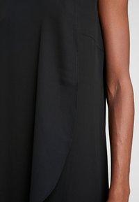 s.Oliver BLACK LABEL - Koktejlové šaty/ šaty na párty - true black - 6
