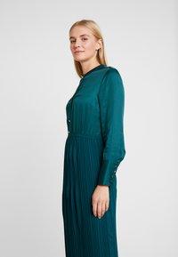 s.Oliver BLACK LABEL - KURZ - Vestido camisero - teal green - 3