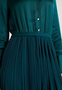 s.Oliver BLACK LABEL - KURZ - Vestido camisero - teal green - 4