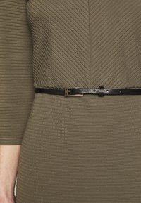 s.Oliver BLACK LABEL - Vestido de punto - dark olive - 5