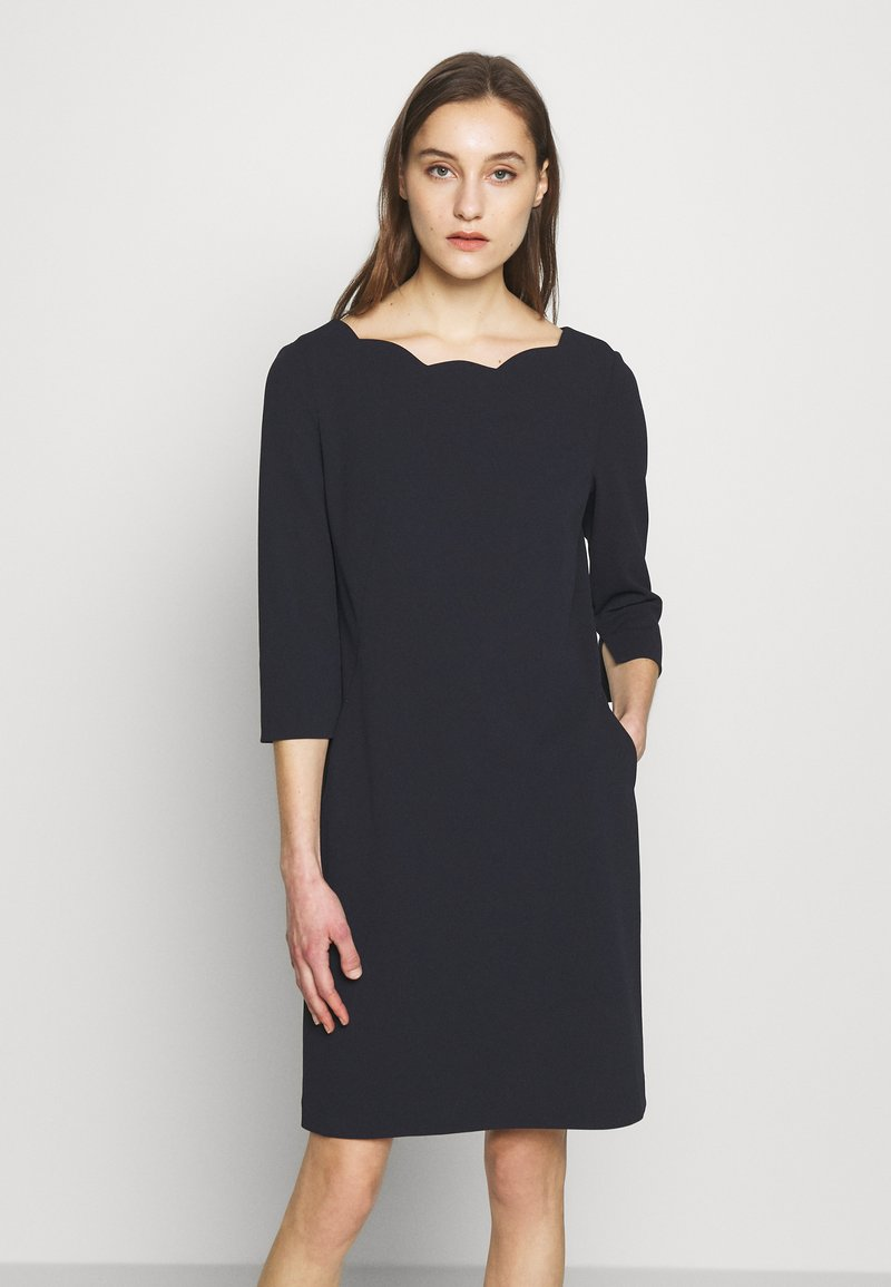 s.Oliver BLACK LABEL - Robe en jersey - dark navy