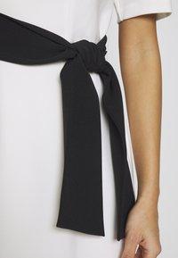 s.Oliver BLACK LABEL - Shift dress - soft white - 5