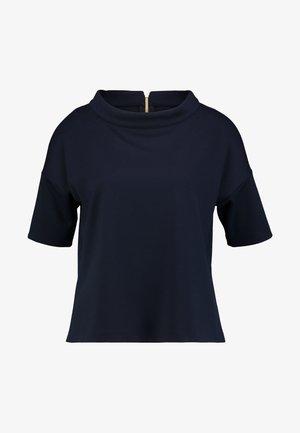 KURZARM - T-shirt z nadrukiem - luxury blue