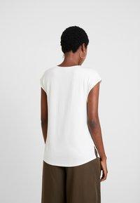 s.Oliver BLACK LABEL - Bluser - cream white - 2
