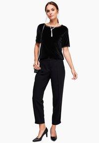 s.Oliver BLACK LABEL - T-shirt print - black - 1