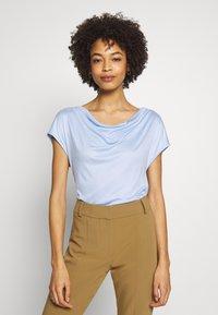 s.Oliver BLACK LABEL - T-SHIRT - Basic T-shirt - celestial - 0