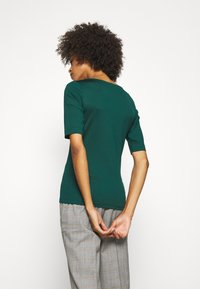 s.Oliver BLACK LABEL - T-shirts - laguna green - 2