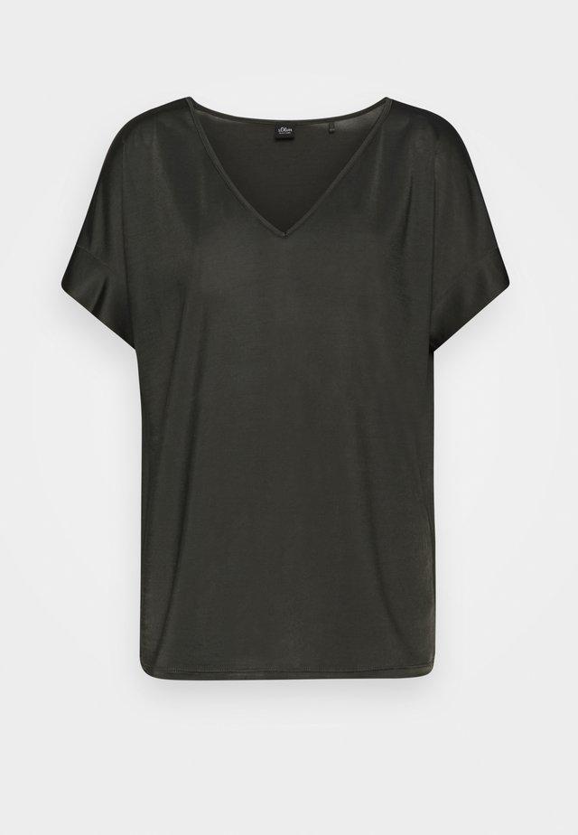 T-shirts basic - dark khaki green