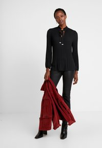 s.Oliver BLACK LABEL - Blouse - forever black - 1