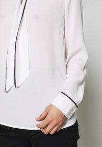 s.Oliver BLACK LABEL - Bluser - soft white - 6