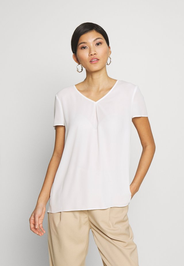 Blouse - soft white