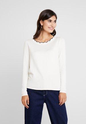LONG SLEEVED - Stickad tröja - cream white