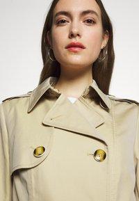s.Oliver BLACK LABEL - Trenchcoats - beige - 4