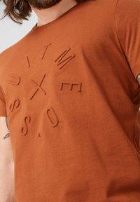 s.Oliver BLACK LABEL - T-Shirt print - copper brown - 3