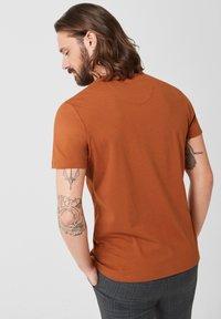 s.Oliver BLACK LABEL - T-Shirt print - copper brown - 2
