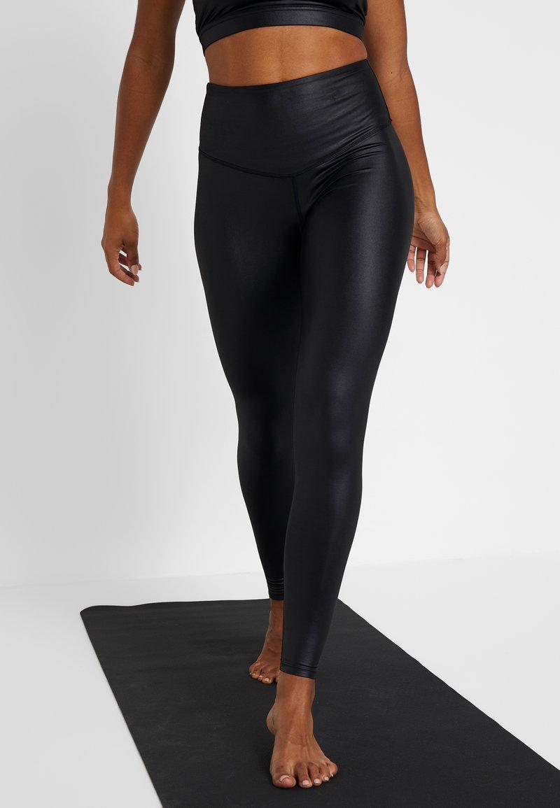 South Beach - WETLOOK HIGHWAIST - Legging - black