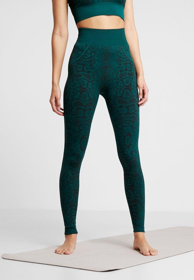 SNAKE SEAMLESS HIGH WAIST LEGGING - Collants - green
