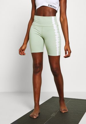 SEAMLESS SMOKEY BICYCLE SHORTCUT SEW - Medias - green/white