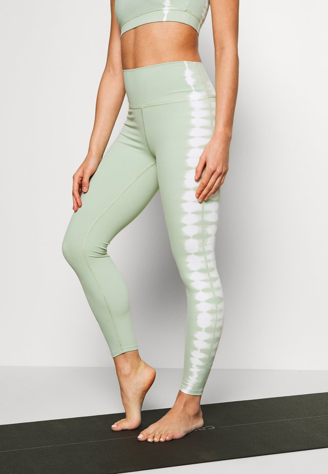 SEAMLESS SMOKEY - Legging - green/white