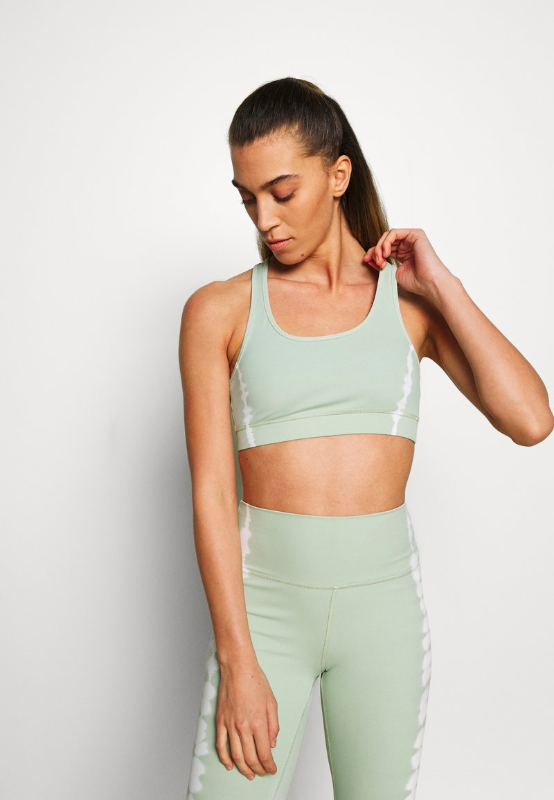 South Beach - SEAMLESS SMOKEY CROPCUT SEW - Sport BH - green/white