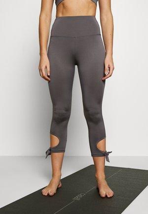 CUT OUT LEGGING - Tights - smoky grey