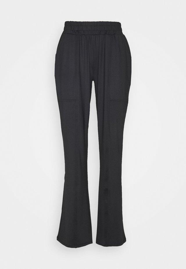 CITY CARGO PANT - Pantalon de survêtement - black