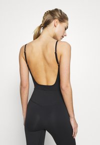 South Beach - SCOOP BACK LEOTARD - Body deportivo - black - 2