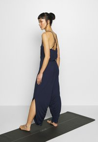 South Beach - YOGA JUMPSUIT - Trainingsanzug - navy - 2