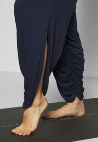 South Beach - YOGA JUMPSUIT - Trainingsanzug - navy - 5