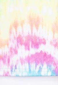 South Beach - GIRLS PRINTED TEE - Triko spotiskem - rainbow - 2
