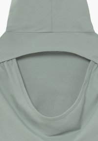 South Beach - GIRLS COLOR BLOCK HOODIE - Jersey con capucha - sage green/white - 2