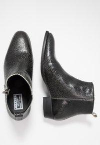 Society - YONDER ZIP BOOT - Kotníkové boty - black - 1
