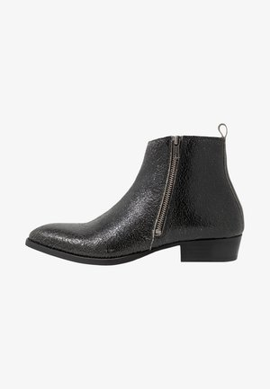 YONDER ZIP BOOT - Kotníkové boty - black