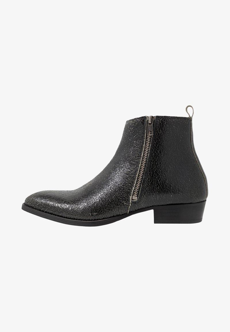 Society - YONDER ZIP BOOT - Kotníkové boty - black