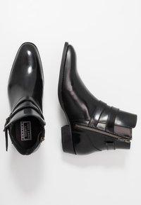Society - YUPPY ZIP BOOT - Kotníkové boty - black polido - 1