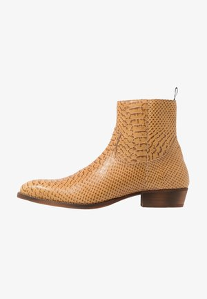 YAGER - Cowboy/biker ankle boot - tan