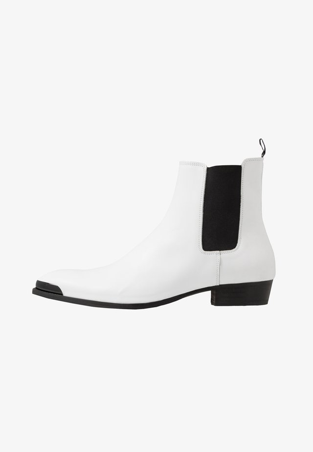 YOUTH - Classic ankle boots - optical white
