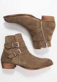 Society - YUPPY - Cowboy/biker ankle boot - sand - 1